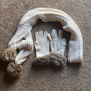 GAP scarf and gloves